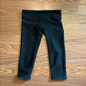 Ivivva Size 6 Black Capri Leggings Reversible
